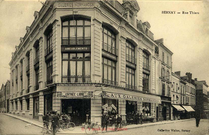 Bernay - Rue Thiers (23)
