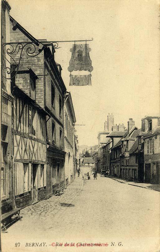 Bernay - Rue de la Charentonne (24)