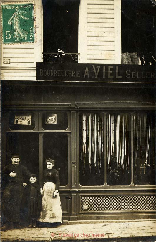 Bernay - Rue du général de Gaulle (24)