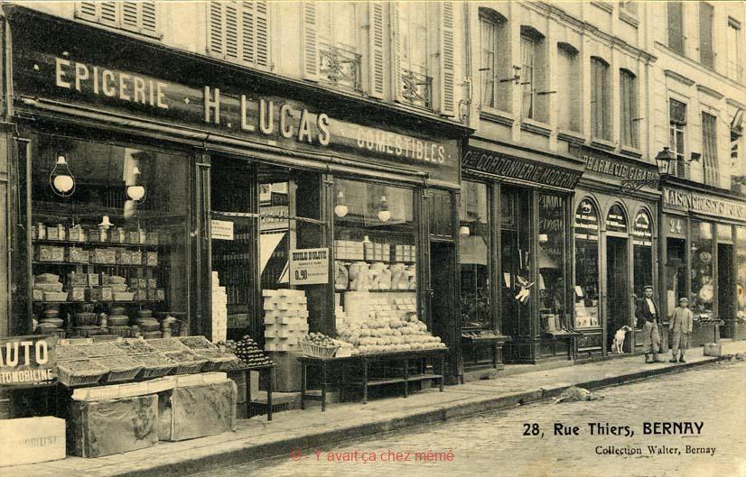 Bernay - Rue Thiers (28)
