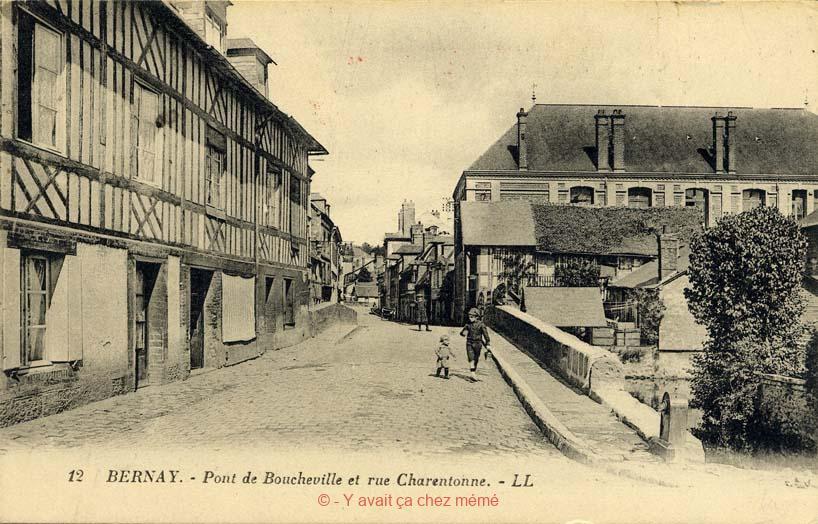 Bernay - Rue de la Charentonne (30)