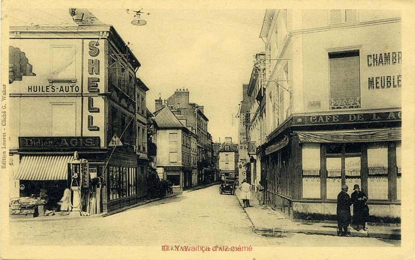 Bernay - Rue du général de Gaulle (33)