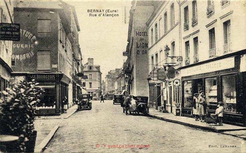 Bernay - Rue du général de Gaulle (44)