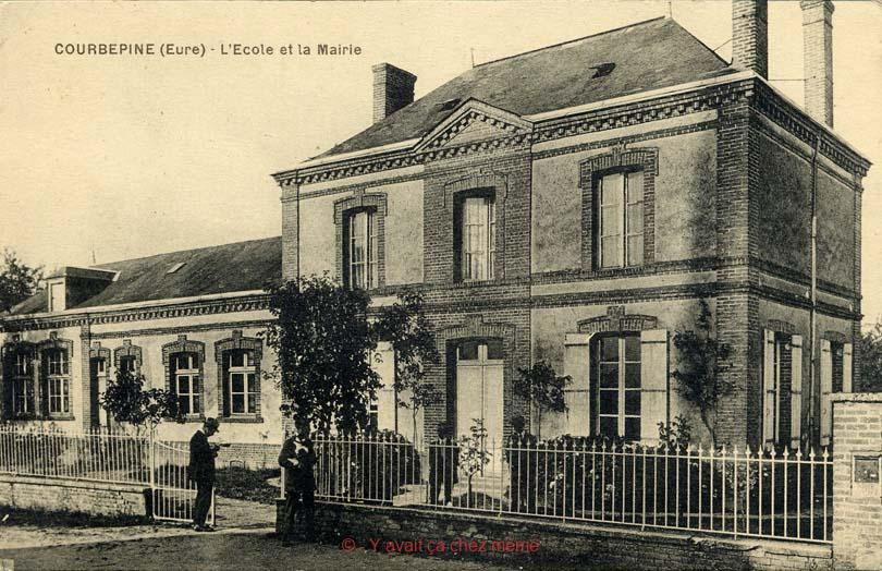 Courbépine - L'école et la mairie