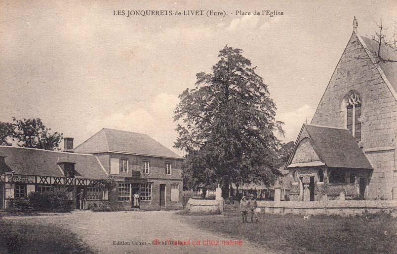 Jonquerets-de-Livet - Place de l'église