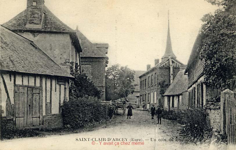 St-Clair-d'Arcey - Un coin du Bourg