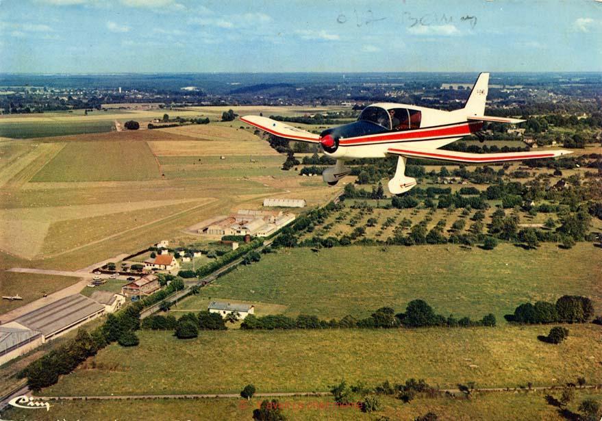 Bernay - Vue aérienne de l'aérodrome