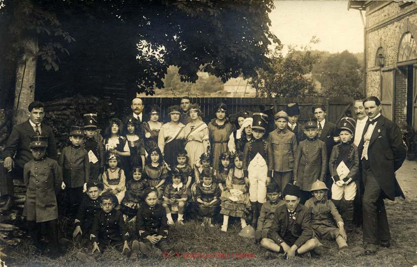 Bernay - Avant le départ dans la cours des anciens abattoirs.