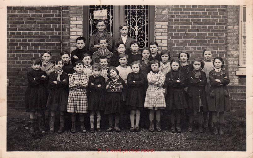 St-Clair-d'Arcey - La photo de classe de 1937