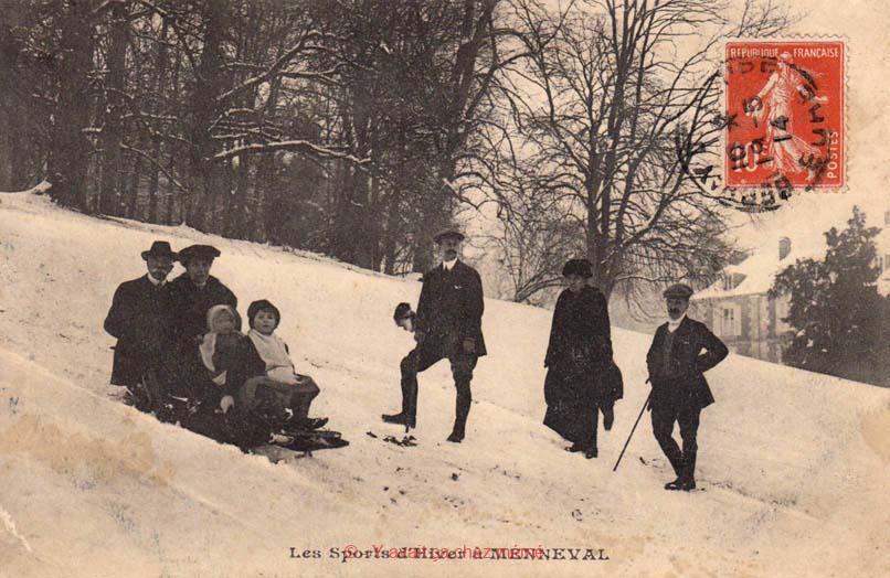 Menneval - Les sports d'hiver dans le parc du Château