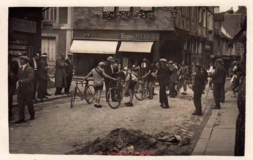 Bernay - Rue Gaston Folloppe (16)