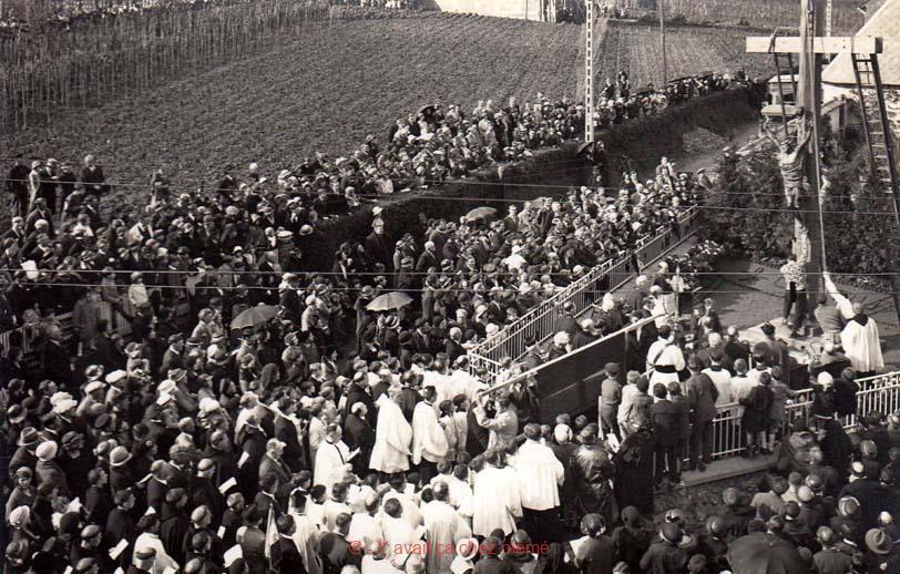 Bernay - Érection le 7 mai 1933 du calvaire de la Croix Coquet