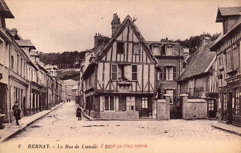 Bernay - Rue de Lisieux (14)
