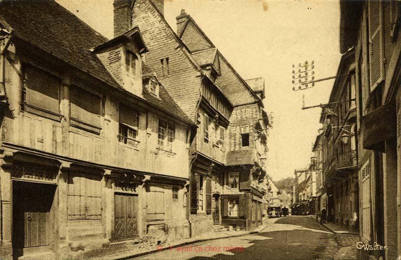 Rue Auguste Le Prévost (10)