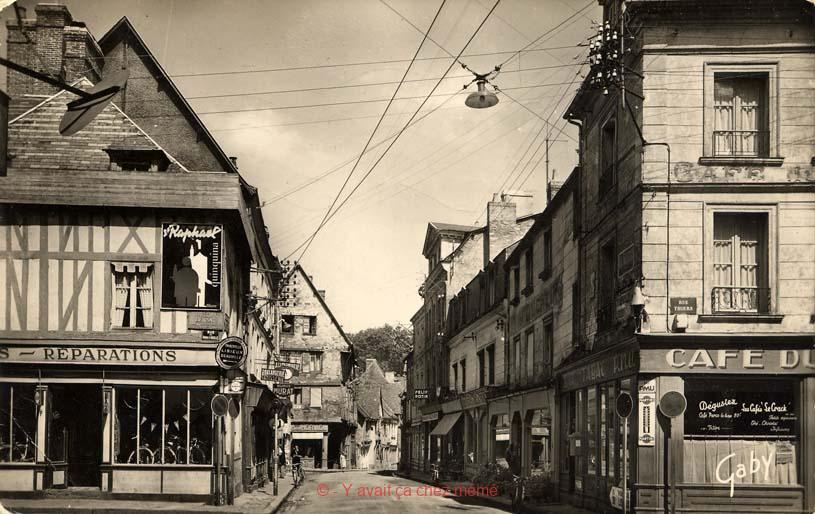 Rue Gaston Folloppe