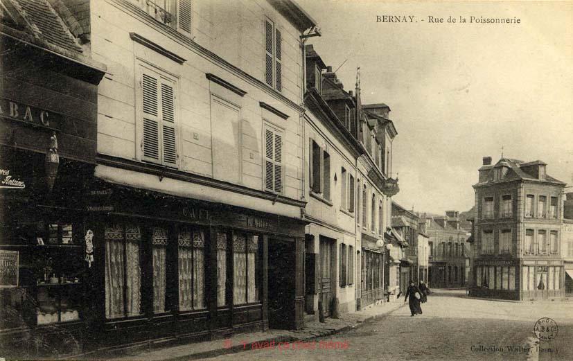 Bernay - Rue Michel-Hubert Descours (23)