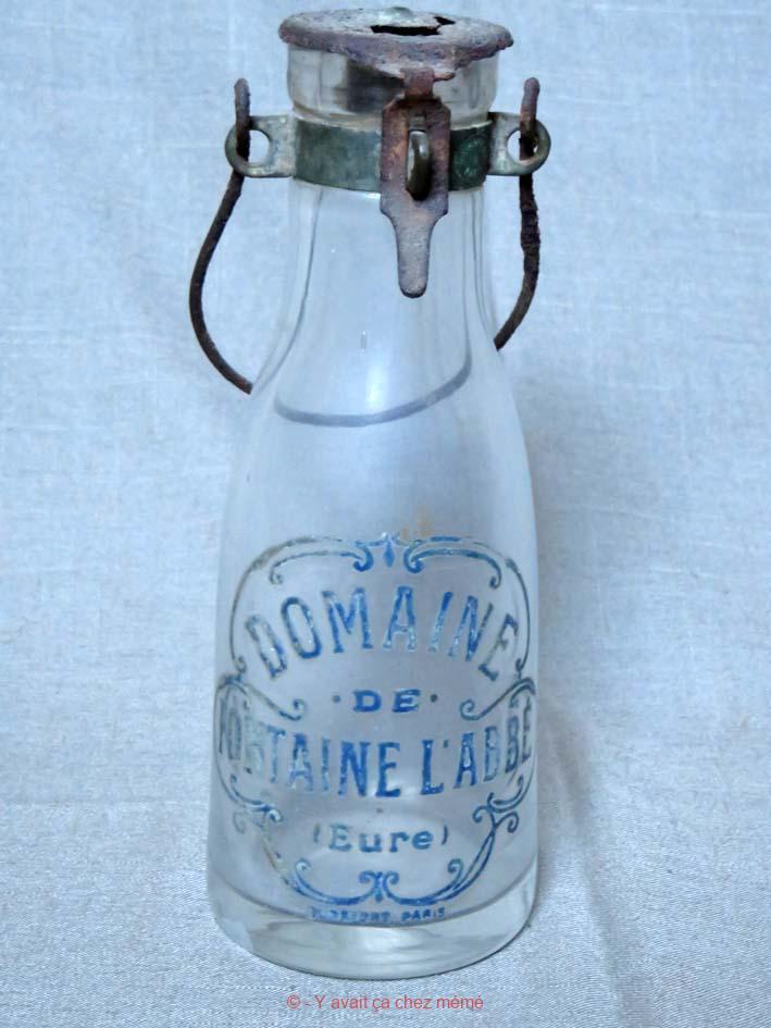Bouteille à lait du Domaine de Fontaine-l'Abbé