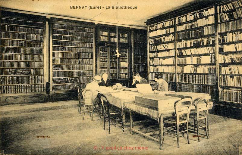 Une salle de l'ancienne bibliothèque